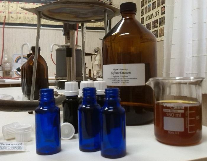 Saffran Emocon in het labo